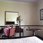Photo of Seven Oaks Hotel