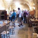 Collection de meubles et outils anciens autour du Châtaignier