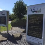 The Villa Express and The Villa Italian in Kirkham Signage