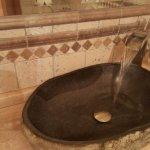2 ganz besondere Waschbecken im Bad