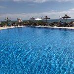 Preciosas fotos para un hotel con una s vistas y una ubicación increible!