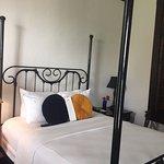 Queen Bed Room - #37