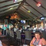 Foto de The Hut Bar and Grill