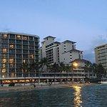 Foto de Outrigger Reef Waikiki Beach Resort