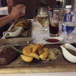 Photo de Empire Modern British Restaurant & Steak House