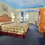 Photo of Days Inn & Suites Houston Channelview TX