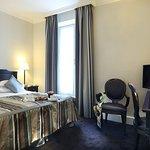 Photo of Hotel Royal Saint-Honore
