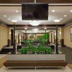 Photo de Crowne Plaza Hotel Montreal Airport