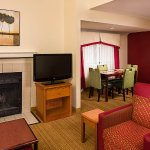 Photo de Residence Inn Hartford Windsor