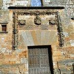 Ayllón, palacio de los contreras, portada.