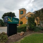 Quality Inn located at 1505 Hillview Drive in Hillsboro, Tx