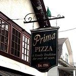 Prima Pizza Sign