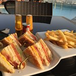 the best BLT in Dubai