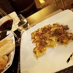 The presentation of the Ravioli dish was very nice. The taste was one of the best we had ever.
