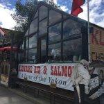 Foto de Klondike Rib and Salmon BBQ