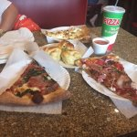 Great pizza and garlic rolls