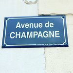 Avenue de Champagne is the main street of Epernay