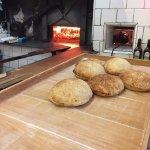 Pão especial da Casa Garabe, assado no forno à lenha várias vezes ao dia !