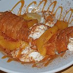 Zangos Dessert with Peaches - Fabulous!!