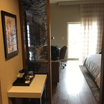 Room 517 - modern/hardwood floors