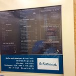 Bonne idée : carte des menus dans l'ascenseur.