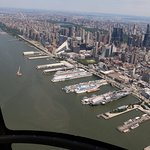Foto de Helicopter Flight Services - Helicopter Tours