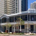Photo de Coolangatta Sands Hotel