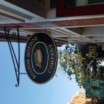 Boston Hot Dog Co. resmi
