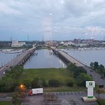 Photo de Holiday Inn Charleston Riverview