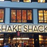 Foto de Shake Shack Theater District
