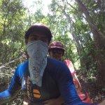 Foto de Hummer Jungle Tours