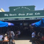 Photo de Big Deans Oceanfront Cafe