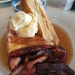 The cinnamon toast with maple syrup, ice cream, and bacon i ordered.
