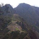 parte de la vista que se tiene en el ascenso al Huayna Picchu
