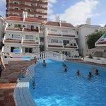 Photo de Las Floritas Apartments