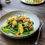 Green bean, orange salad