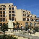 Photo de Marina Hotel Corinthia Beach Resort