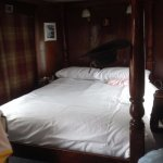 Four Poster bed in King Henry VIII room