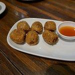 Fried crabmeat in tofu skin