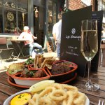 Fried calamari and a Moorish mixed tapas platter - great to share!