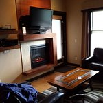 TV, DVD player, stereo system, fireplace...