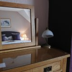 Beautiful solid oak furniture in Kingsize room 6