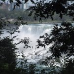 Canada Horseshoe Falls is not far from the Park