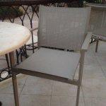 Les nouvelles chaises de la terrasse