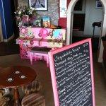 Blackboard menu and Pink piano