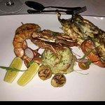 Veli Dinner Main Entree, Lobster, Prawns & Scallops