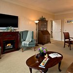 Individually appointed Guest Rooms - Webster Suite Living Room
