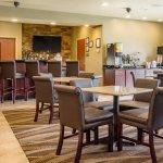 Cobblestone Hotel & Suites-billede