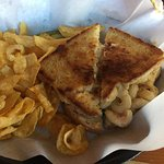 Mac n cheese sandwich