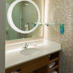 King Suite - Bathroom
